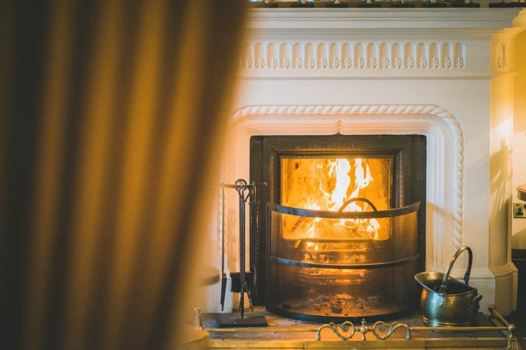 Coed Y Mwstwr Lounge Fire